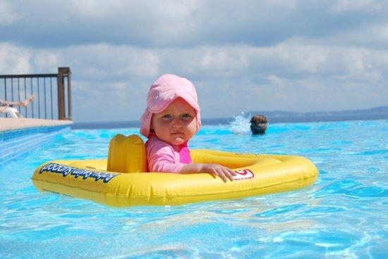 bébé piscine température